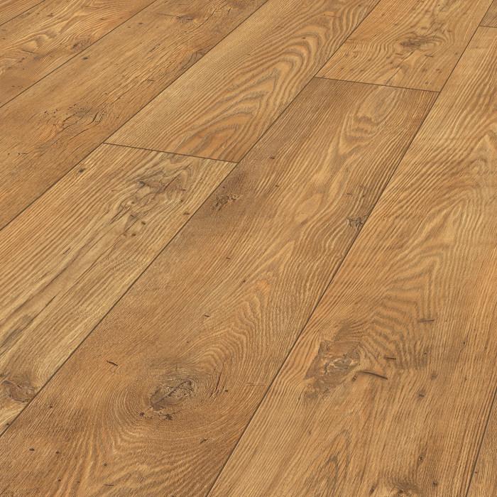 laminate wooden floors vintage classic tawny chesnut